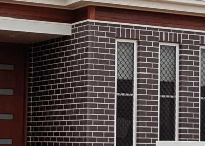 Front feature windows with Bricklayers White Cement